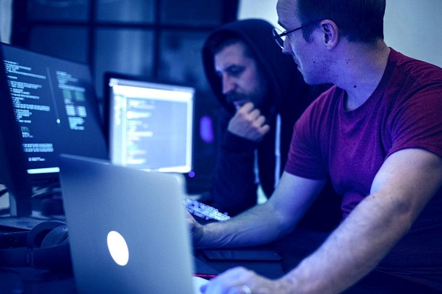 <span>Следующая</span>Заказать услуги по программированию или сборке сайта